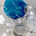 Der Globus ist mittlerweile quasi das zentrale Symbol der Photokina