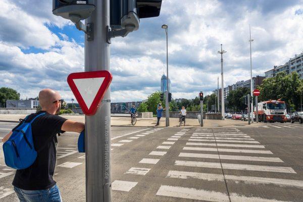 "Illustration zu ""Stop ist rot"""