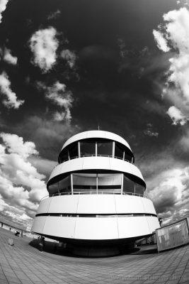 """Illustration zu """"Besucherterasse Flughafen Düsseldorf"""""""