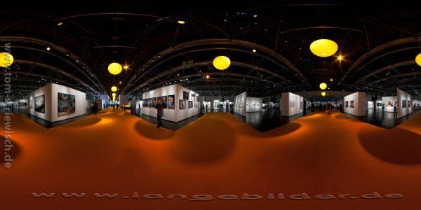 """Illustration zum Link zum Kugelpanorama""""Photokina 2010 Ausstellung Halle 1"""""""